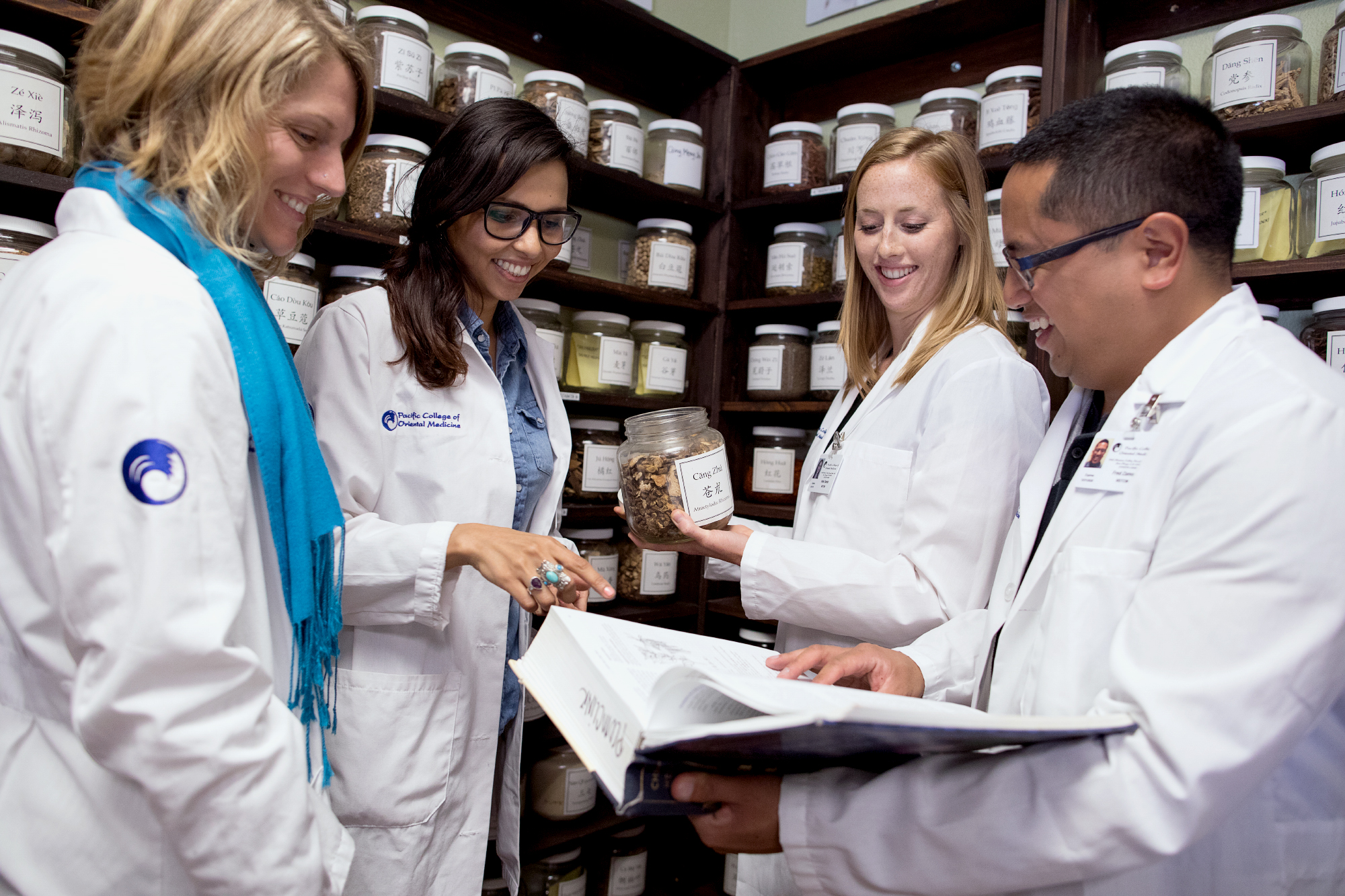 5 Questions to Ask Before Investing in an Herbal Pharmacy