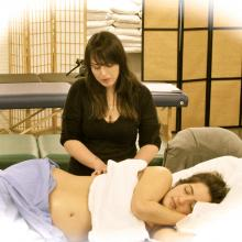 MaMassage: The Benefits of Prenatal Massage for Mamas-to-be