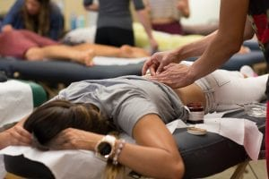 acupuncture-school-female