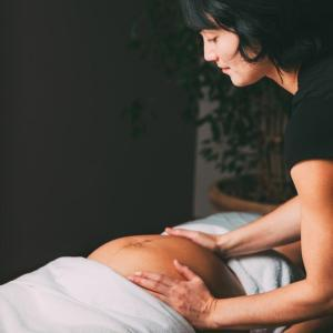 Ask the Experts Features Kiera Nagle, PCOM-Chicago Faculty, on Prenatal Massage