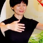 A headshot of Linda Qiu, LAc